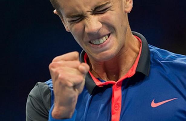 Con sólo 17 años, Borna Coric sigue sorprendiendo en el circuito ATP (Foto: AP)