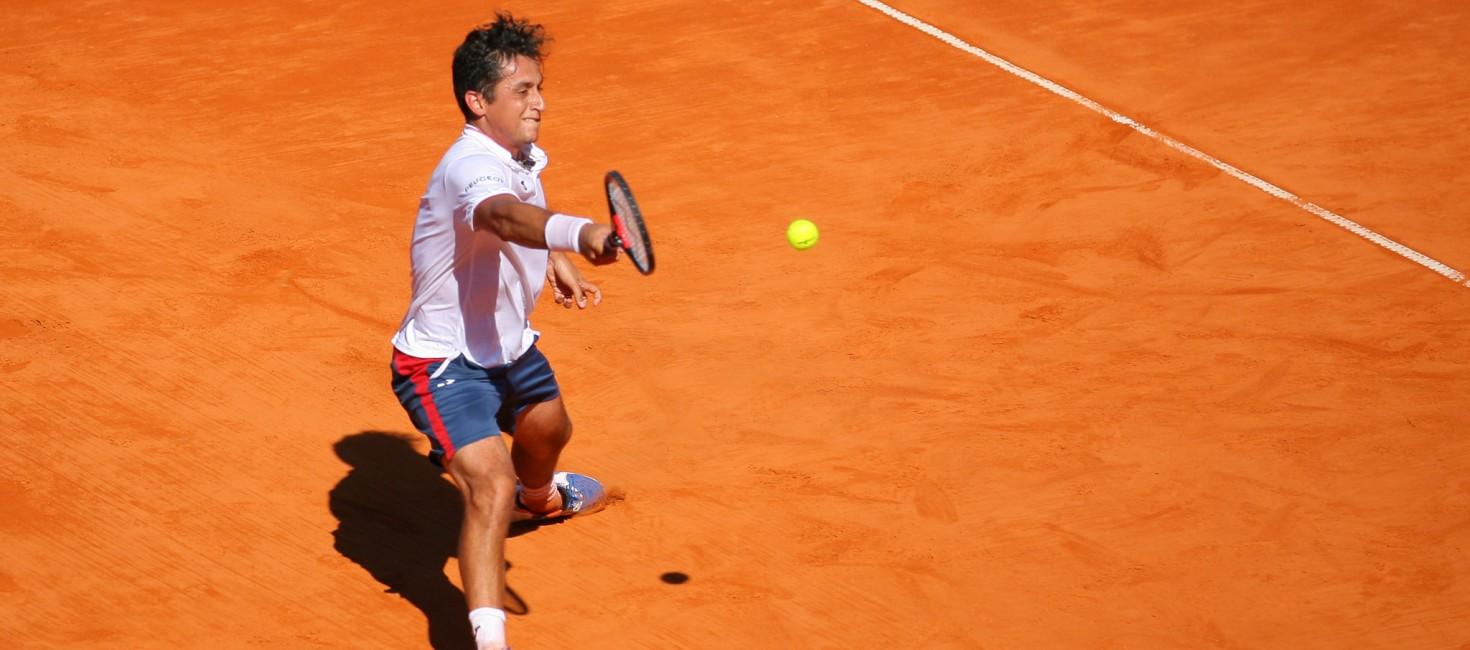 Nico Almagro humaniza al tenis